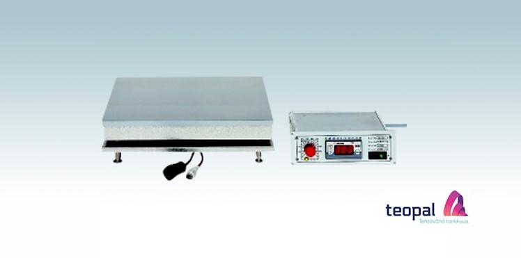 Digitaalinen laboratorio-lampolevy paneeliasenteisella saatoyksikolla eli saatimella